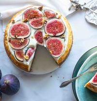 Cheesecake à la vanille, mousse de lait, figues & miel