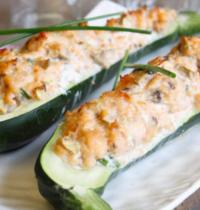Courgettes farcies saumon champignons ciboulette