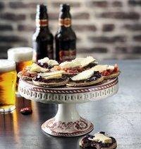 Crackers au cheddar et gelée de vin rouge