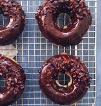 Donuts façon Banana Bread et Glaçage Chocolat