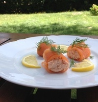 Mixed salmon Roll