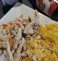 Émincé de poulet coco et riz au curry