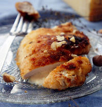 Hazelnut-parmesan breaded cutlets, with cheese and bacon, by Coconut