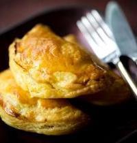 Feuilletés au coing et au foie gras