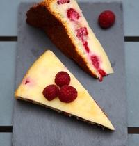 Magical raspberry & white chocolate cake