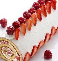 Gâteau roulé aux fraises et crème au mascarpone