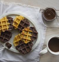 Gaufres marbrées chocolat-vanille & pâte à tartiner rustique