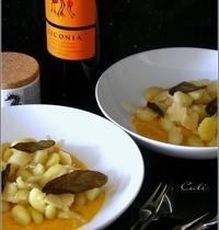 Gnocchi Di Patate à la Crème de Carotte & Sauge