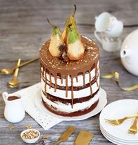 Gros gâteau de réveillon, chocolat praliné, poire, vanille