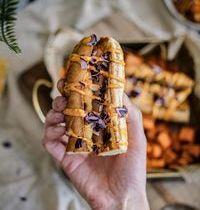 Hot-dog végétarien avec pain maison