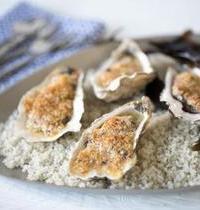 Huîtres gratinées au beurre de grué de cacao