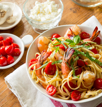 Summer linguini with shrimp and cherry tomatoes
