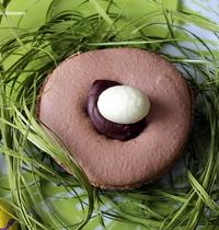 Easter chocolate-caramel macarons