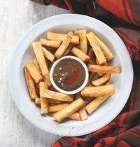 Manioc frit et gombo