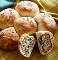 Stuffed daisy braid bread