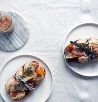 Mauricettes à la choucroute, haddock fumé et sauce au vin blanc