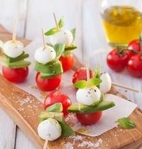 Mini brochettes Mozzarella Avocat