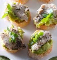 Mini-tartines de veau au guacamole