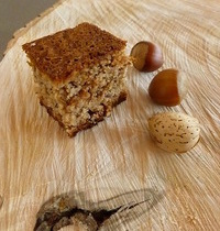Soft hazelnut cake