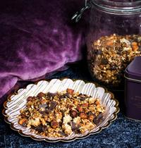 Muesli noix de coco, chocolat noir, amandes & noisettes