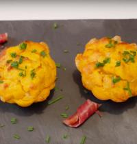 Muffins patate douce, comté et jambon cru