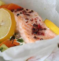 Papillote de saumon et petits légumes