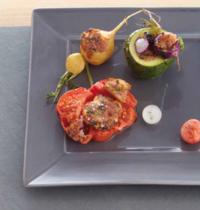 Petits farcis de légumes et jus à la tomate