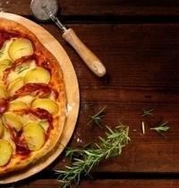 Pizza aux pommes de terre et pancetta