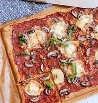 Pizza Familiale Végétarienne Chèvre, Miel & Noix