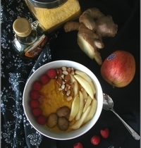 Porridge Automnal de Polenta (Pomme, Châtaignes, Framboises & Sirop d'Erable)
