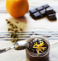 Pot de crème chocolat, cardamome et orange
