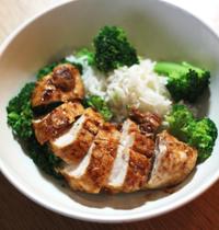 Poulet meunière, riz & brocolis