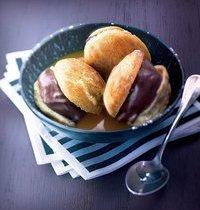 Profiteroles express au chocolat, coulis de  mangue