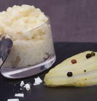 Riz au lait au chocolat blanc et poires aux 2 poivres