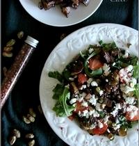Salade d'Aubergines Fumées au Café, Feta, Fraises & Pistaches