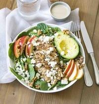 Salade d'épinard au poulet et à la pomme