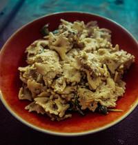 Salade de pates poulet/avocat/coriandre