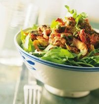 Tandoori chicken salad with bell peppers
