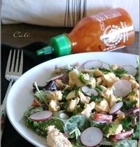 Salade Sriracha au Poulet