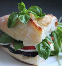 Sandwich aubergine