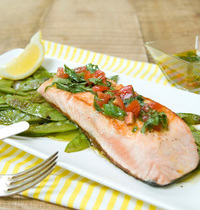 Salmon with virgin sauce