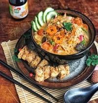 Soupe asiatique curry coco & poulet crispy