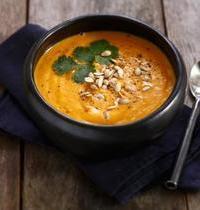 Soupe de Courge butternut au lait de Coco et pépite de courge grillées