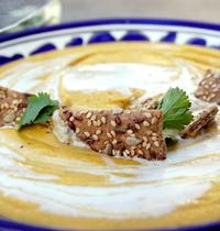 Soupe toute orange de lentilles corail et patate douce