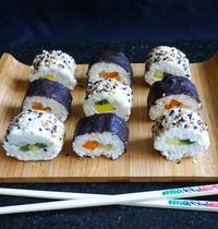 Sushi rolls à la noix de coco & fruits exotiques {vegan - sans sucre raffiné - sans gluten}