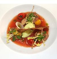 Tartare de canard, gaspacho en gelée et légumes de printemps