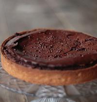 Tarte au chocolat, fleur de sel et brisures de caramel