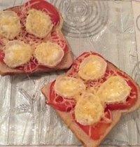 Toasts chèvre et tomate