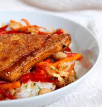 Tofu mariné croustillant & légumes sautés sauce Teriyaki (vegan, sans gluten)