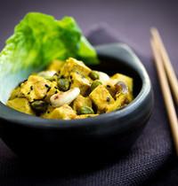 Tofu sauté, sauce au yaourt